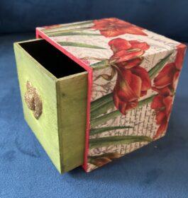 Red Iris Drawer Box