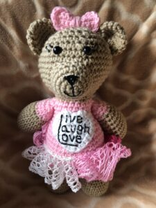 Kreative Kreations - Live Laugh Love Bear