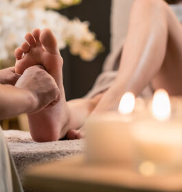 Learn Reflexology with AromaGee