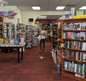 Oblong Books and Music